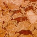 Una foto de caza prehistorica con arcos