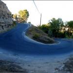 Fotografía de una curva cerrada en la cuesta Zulema